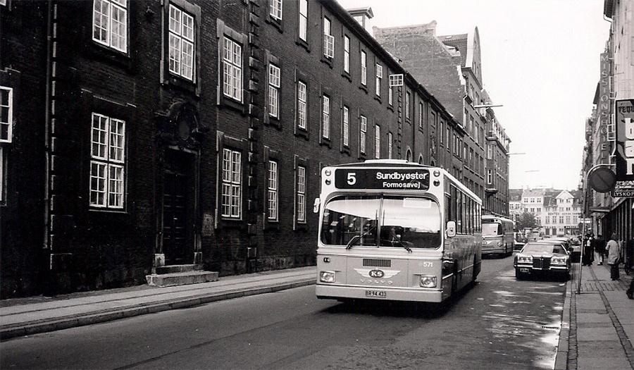 KS 571/BR94433 i Løngangsstræde i København den 20. september 1973