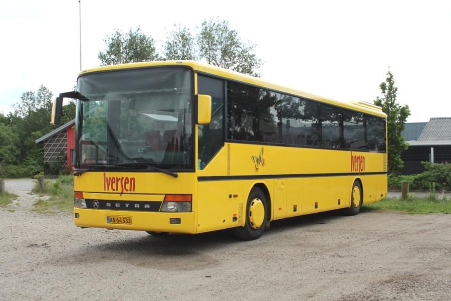 Iversen Busser AN64533 på Darumvej i Esbjerg den 28. maj 2016