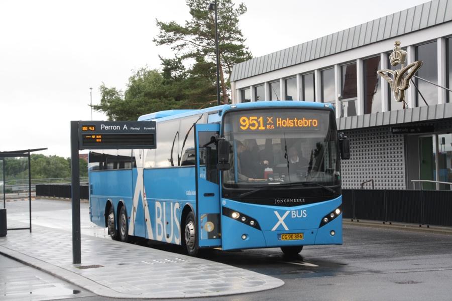 Keolis 230/CG90886 på Skive Trafikterminal den 30. juni 2016