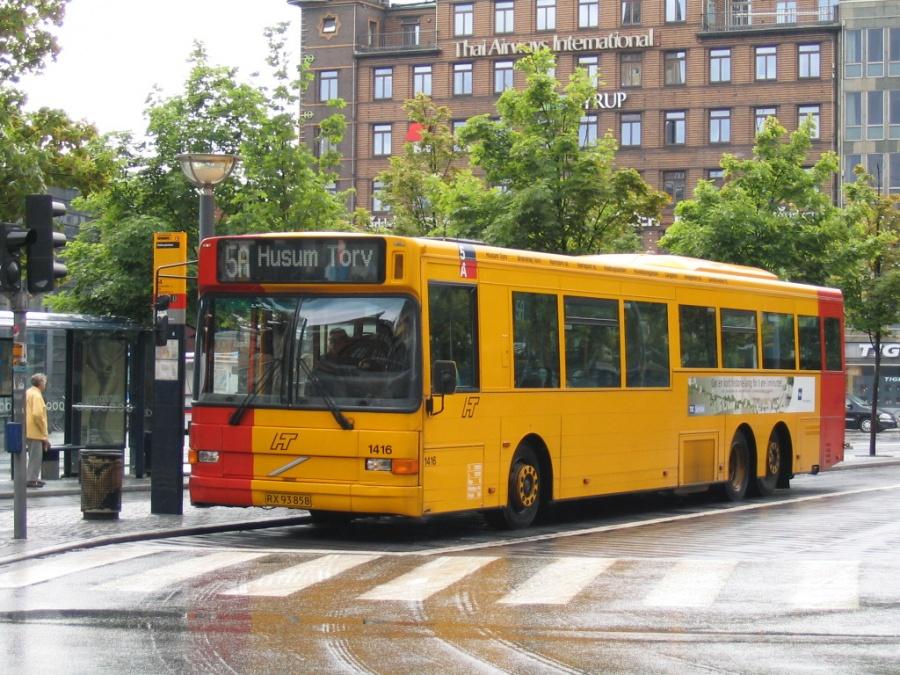 Arriva 1416/RX93858 på Rådhuspladsen i København den 19. juni 2004