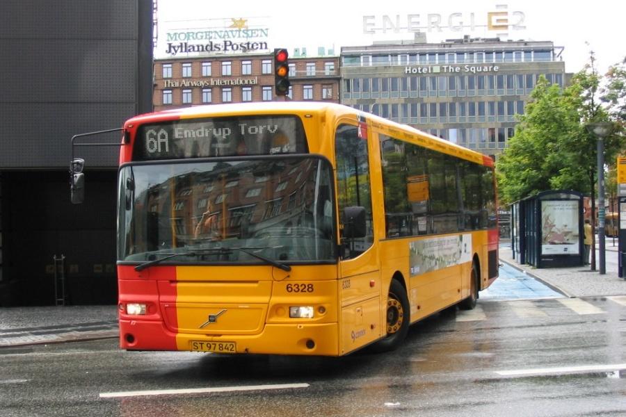 Connex 6328/ST97842 på Rådhuspladsen i København den 19. juni 2004