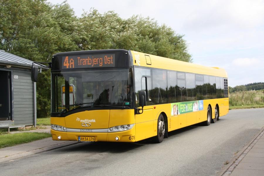 Århus Sporveje 678/AH54176 på Tingskov Allé (Tranbjerg Øst) i Tranbjerg den 13. august 2016