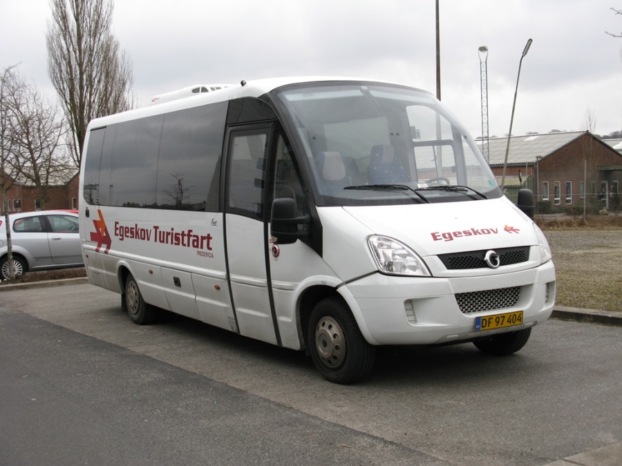 Egeskov Turistfart 4/DF97404 i Havneparken i Vejle den 23. februar 2013