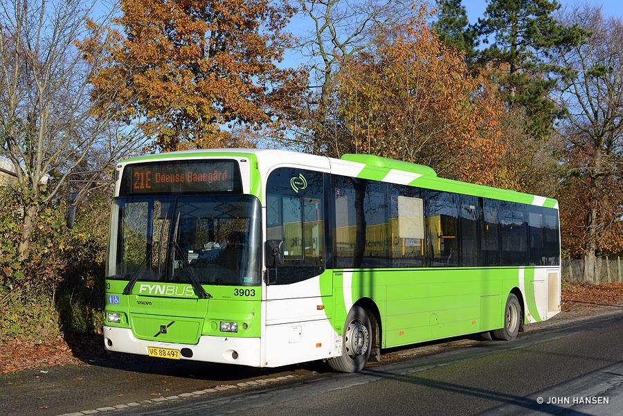 Fynbus 3903/VS88497 på Klokkestøbervej i Odense den 11. november 2016