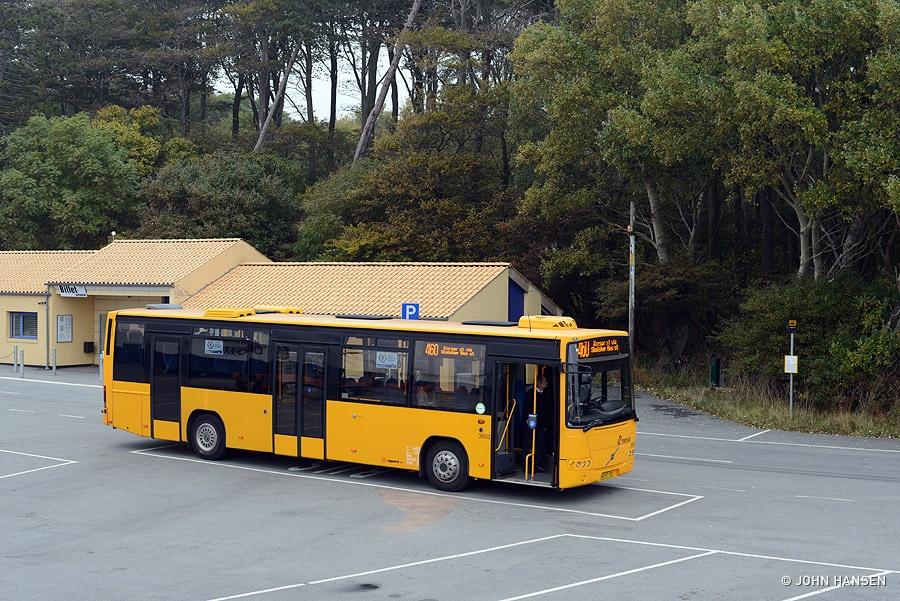 Egons Turist- og Minibusser 3803/VU97121 i Stigsnæs Færgehavn den 17. oktober 2016