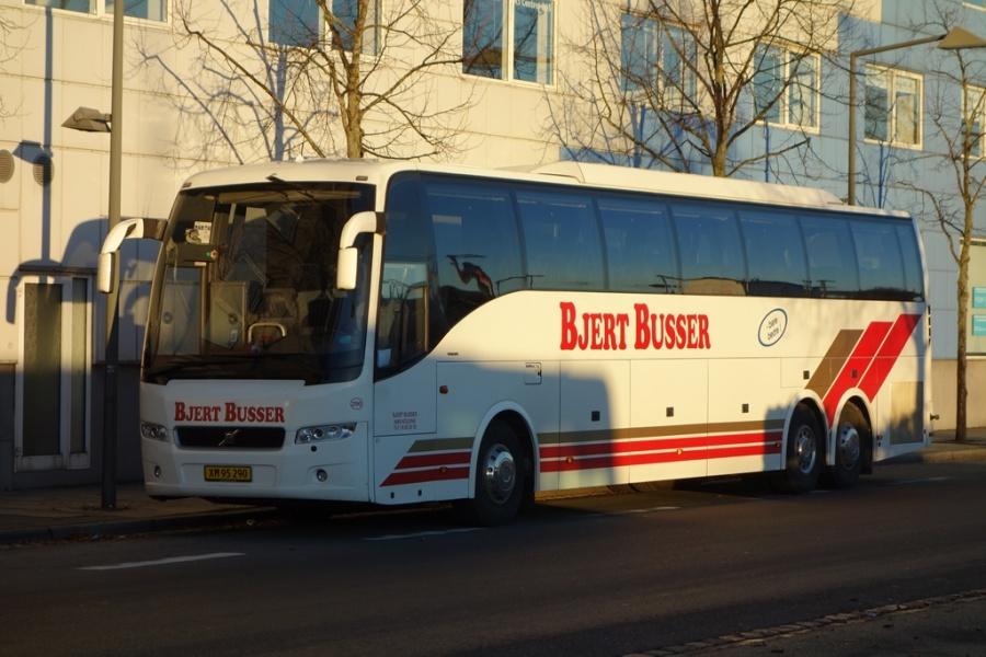 Bjert Busser 290/XM95290 på Vejle Trafikcenter den 2. december 2016