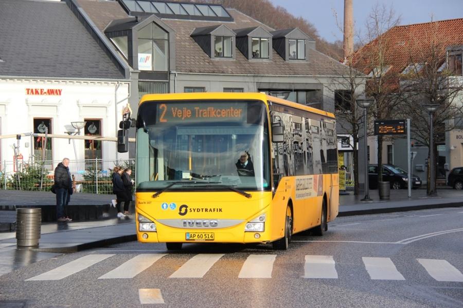 Umove 307/AP60514 på Nørretorv i Vejle den 23. december 2016