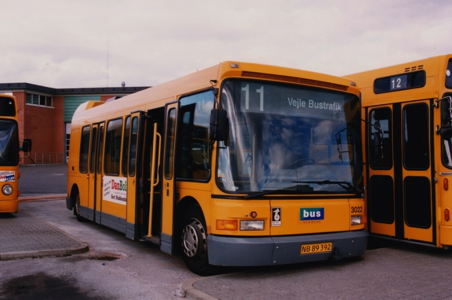 Bus Danmark 3022/NB89392 på Norgesvej i Vejle den 14. maj 1999
