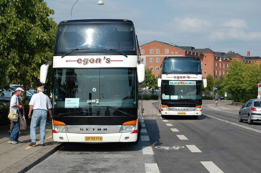 Egons Turist- og Minibusser 79/SP93719 ved Roskilde Station (Sygehuset) den 30. juni 2009