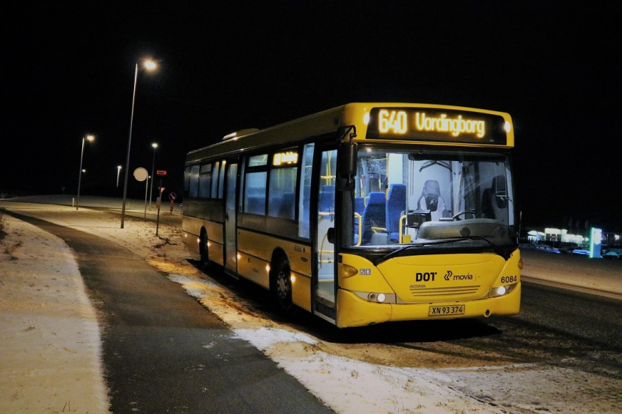 Nobina 6084/XN93374 på Næstvedvej i Vordingborg den 8. februar 2017
