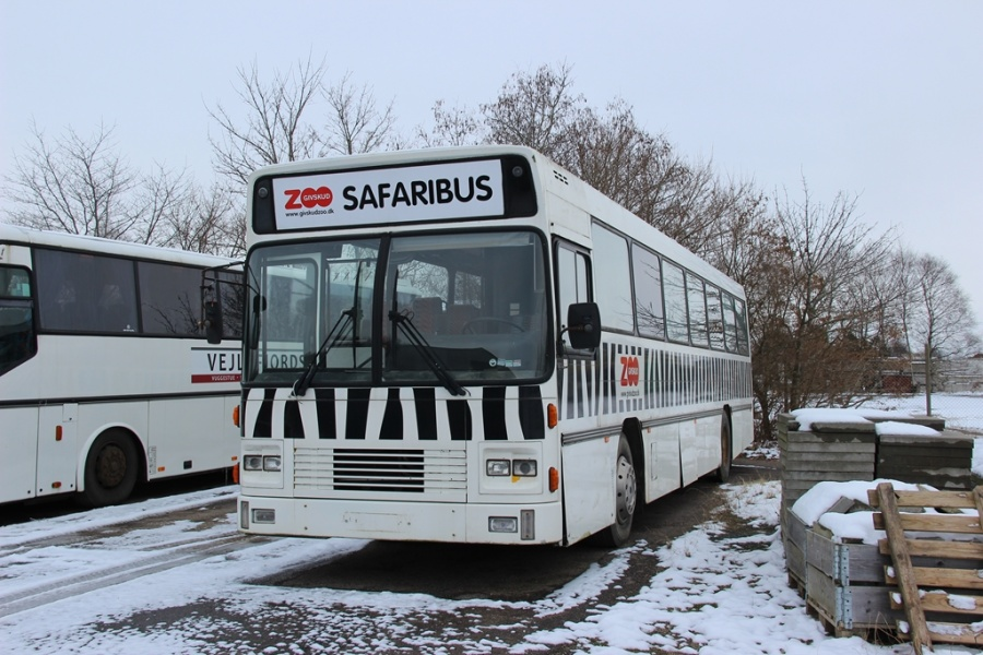 Givskud Zoo ved Dansk Bus Renovering i Tørring den 12. februar 2017