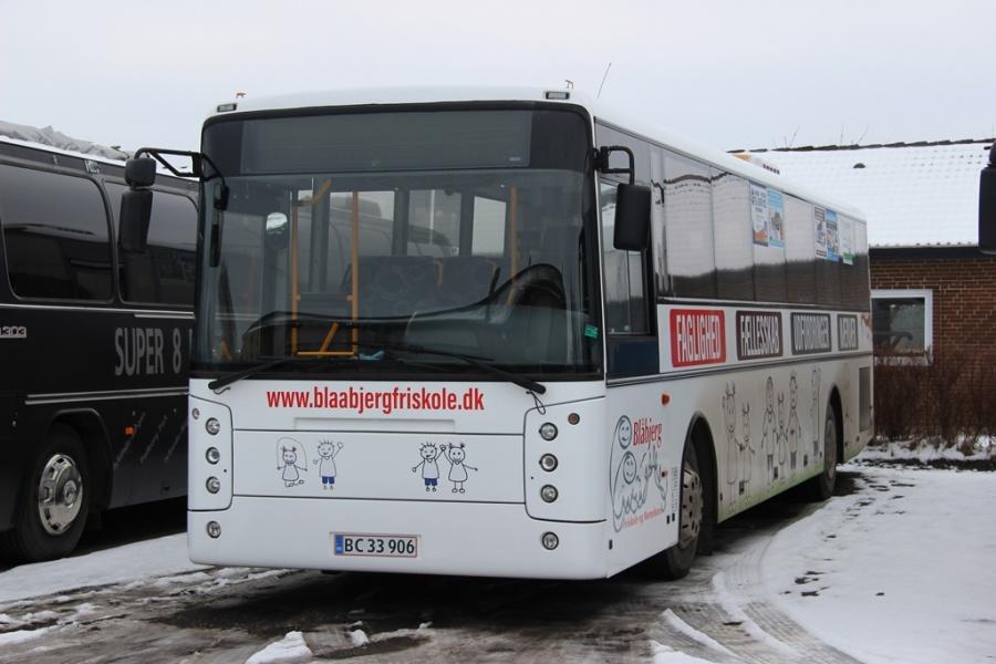 Blåbjerg Friskole og Børnehave BC33906 ved Dansk Bus Renovering i Tørring den 12. februar 2017