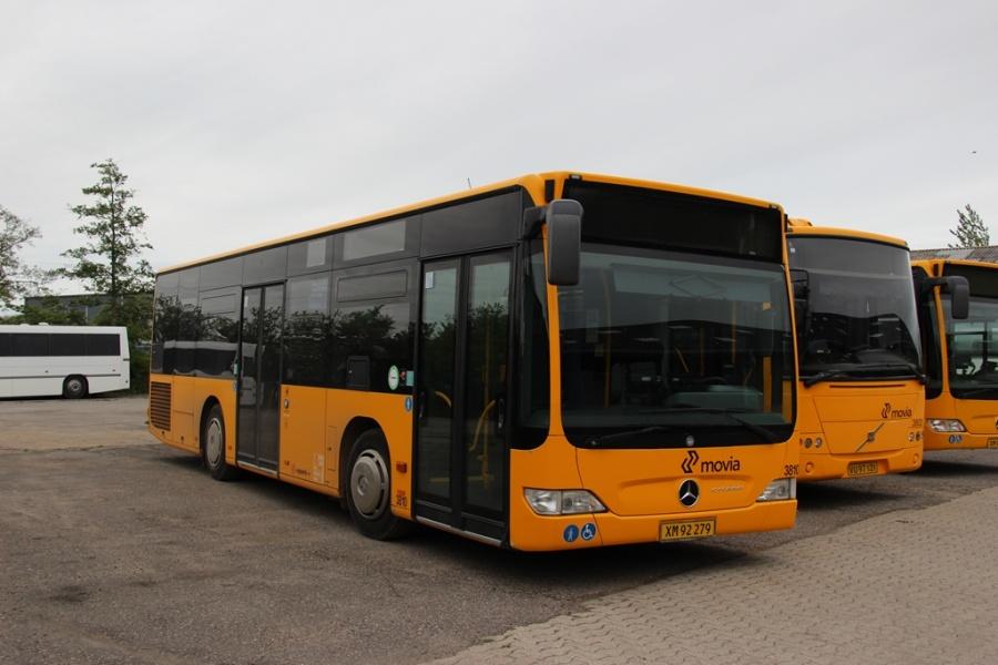 Egons Turist- og Minibusser 3810/XM92279 i Skælskør den 20. maj 2017