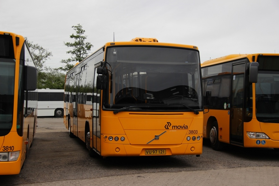 Egons Turist- og Minibusser 3803/VU97121 i Skælskør den 20. maj 2017
