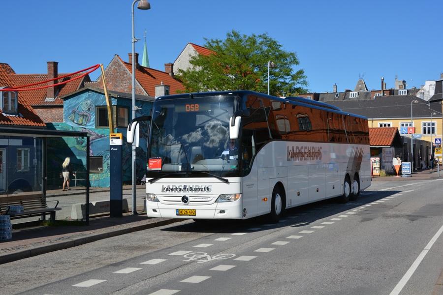 Københavns Bustrafik 61/BK26492 ved Heldingør Station den 4. juli 2017