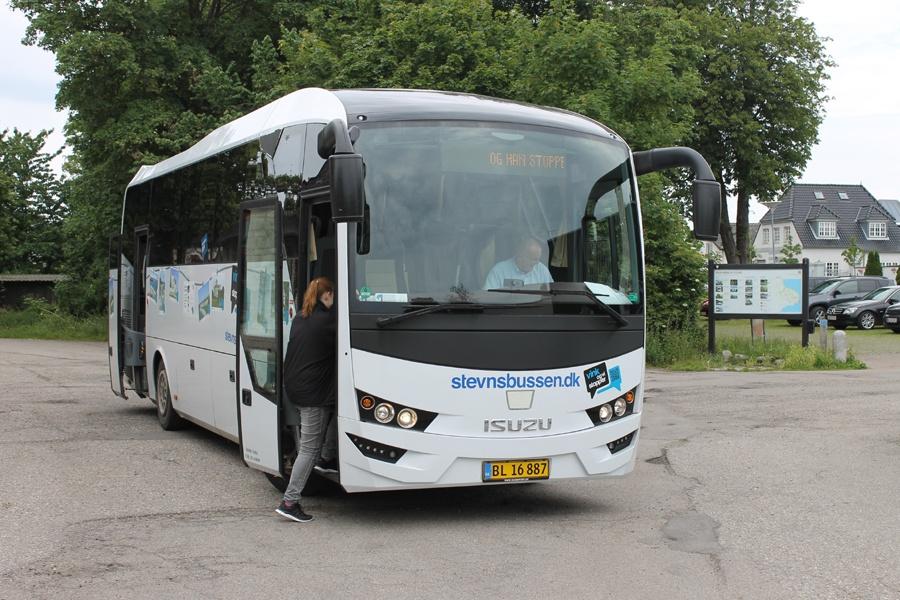 Strøby Turist 38-1/BL16887 ved Rødvig Station den 7. juli 2017