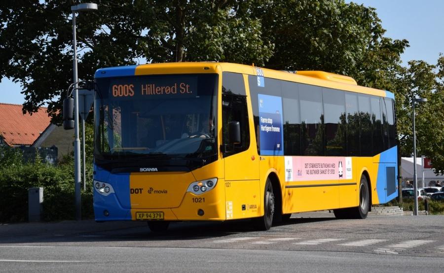 Arriva 1021/XP94379 på Stationsvej i Slangerup den 24. august 2017