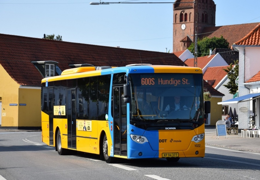 Arriva 1022/XP94377 i Kongensgade i Slangerup den 24. august 2017