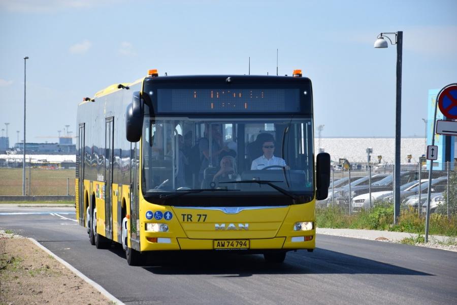 Københavns Lufthavne TR77/AW74794 på Kystvejen i Kastrup den 16. juni 2017