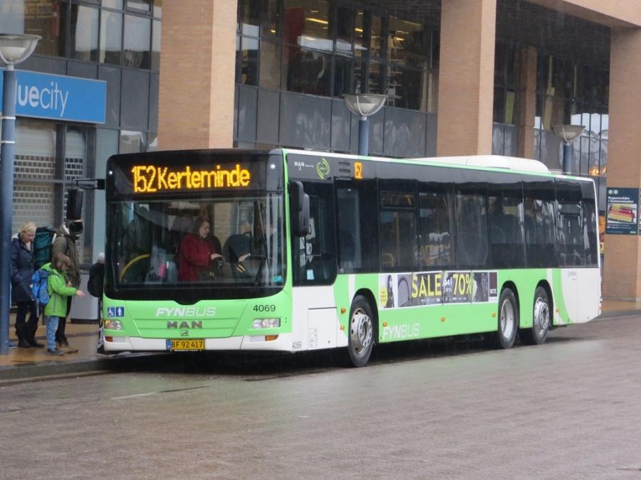 Tide Bus 4069/BF92417 ved Odense Banegårdscenter den 5. marts 2016