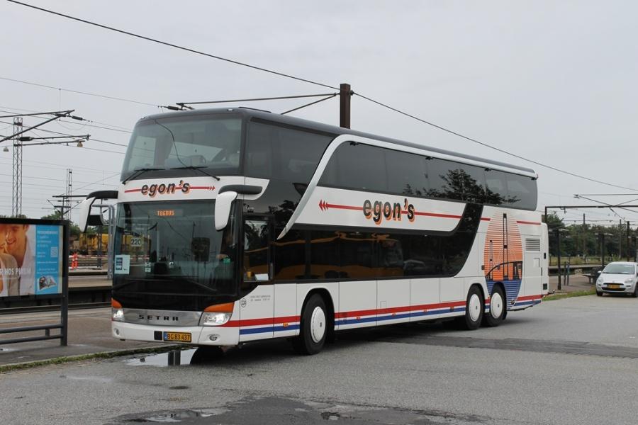 Egons Turist- og Minibusser 224/BG83437 på Ringsted Station den 12. juli 2017