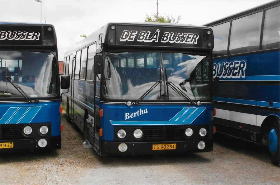De Blå Busser TS90291 i garagen i Esbjerg