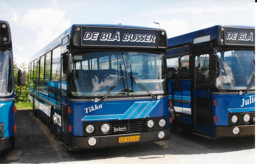 De Blå Busser UZ93474 i garagen i Esbjerg