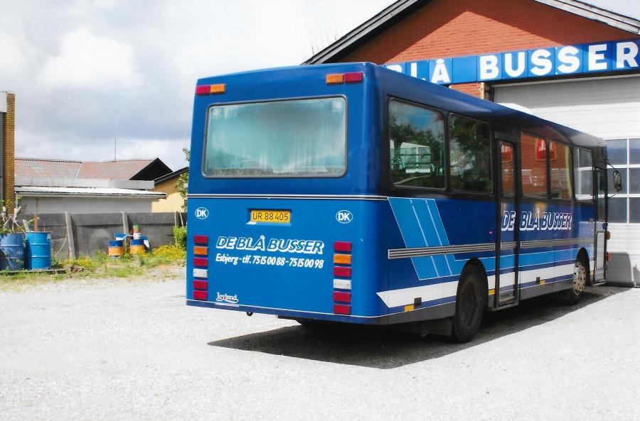 De Blå Busser UR88405 i garagen i Esbjerg