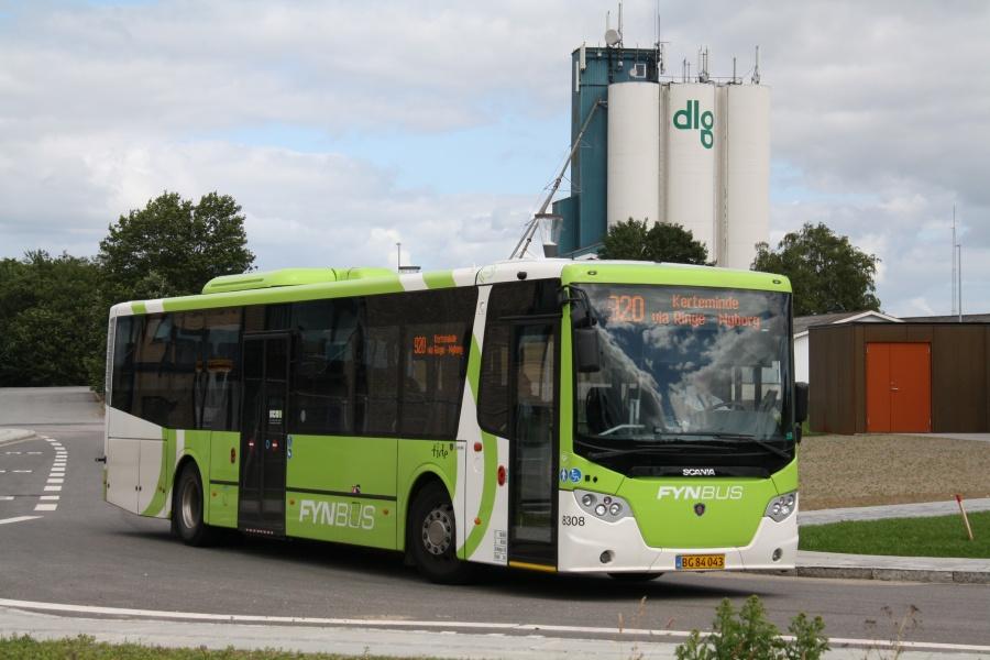 Tide Bus 8308/BG84043 på Ringe St. den 2. juli 2017