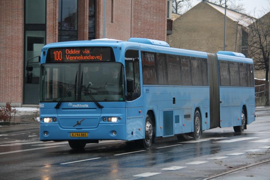 Arriva 2962/XJ94885 på Nørrebrogade i Århus den 9. marts 2018