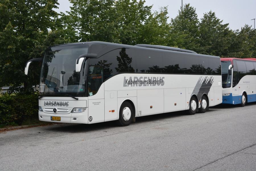 Københavns Bustrafik 57/BA95051 på Hundige Station den 9. september 2016