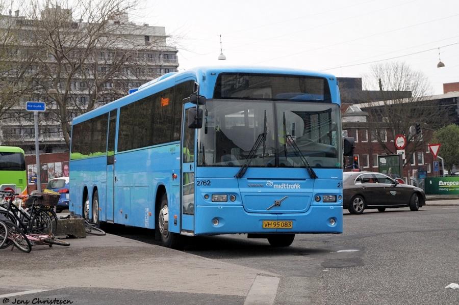Arriva 8762/VH95083 ved Århus Rutebilstation den 28. april 2018