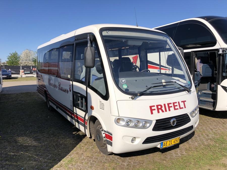 Clausens Busser AE21450 ved Boxen i Herning den 7. maj 2018