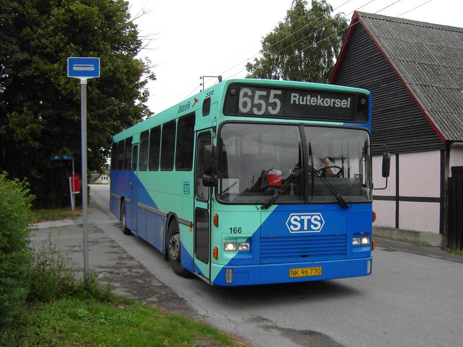 Østtrafik 166/NK96770 i Kastrup den 24. august 2005