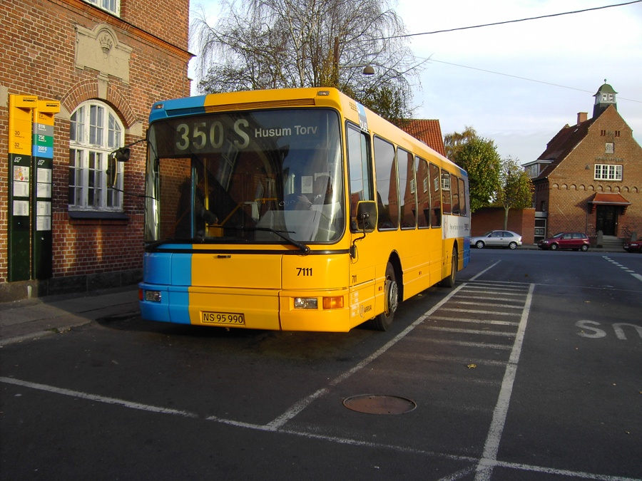 Arriva 7111/NS95990 i Dragør den 10. november 2007