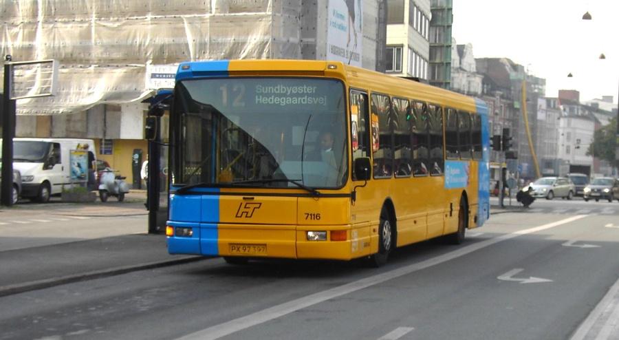Arriva 7116/PX97397 ved Vesterport Station i København den 14. oktober 2004