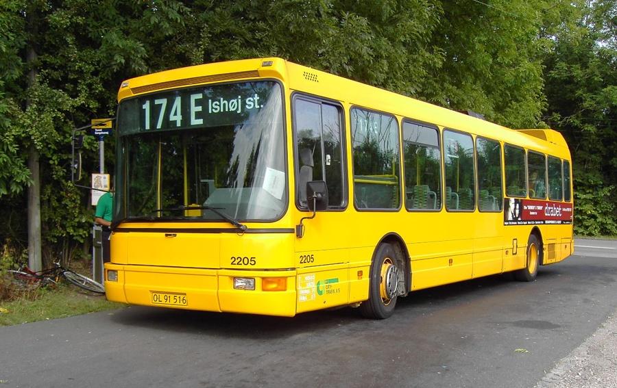City-Trafik 2205/OL91516 på Gøngehusvej i Trørød den 9. september 2005