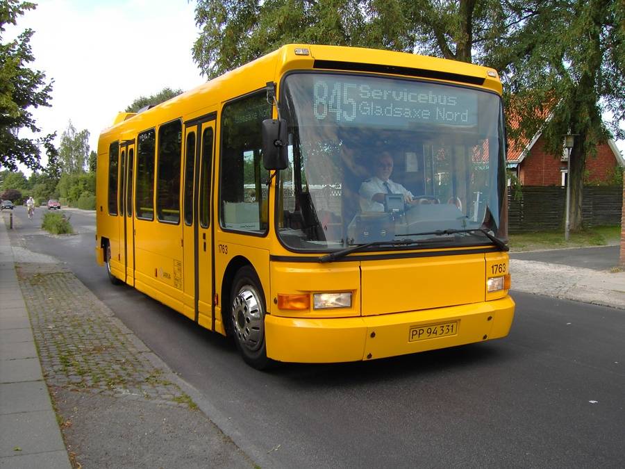 Arriva 1763/PP94331 på Kong Hans Allé i Søborg den 9. september 2005