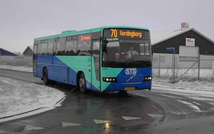 Arriva 2932/UU97057 i Neder Vindinge den 24. januar 2007