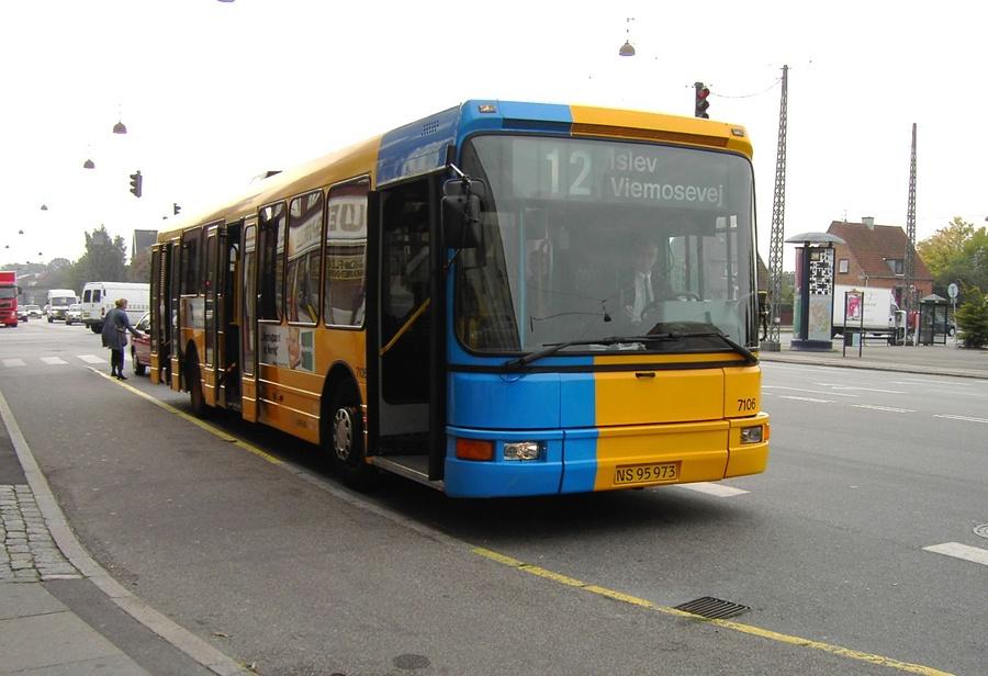 Arriva 7106/NS95973 på Ålekistevej i Vanløse den 14. oktober 2004