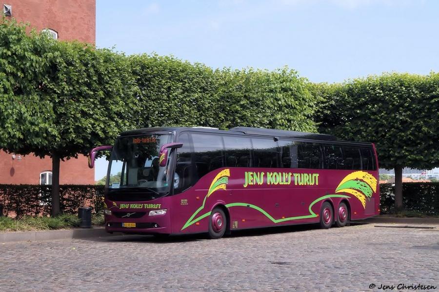 Jens Kolls Turist AU46604 ved Toldbodgade i København den 14. juni 2018