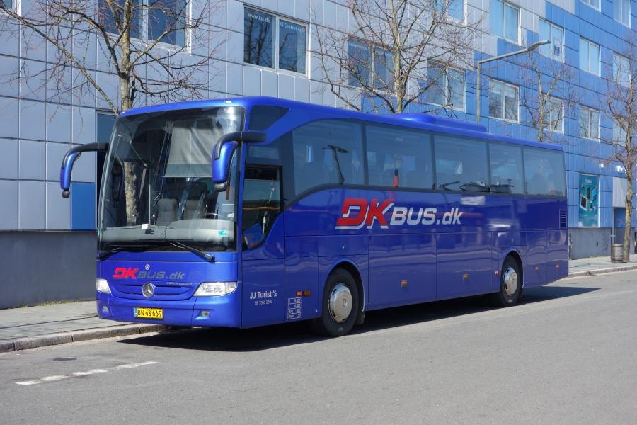 J J Turist BN48669 på Vejle Trafikcenter den 19. april 2018