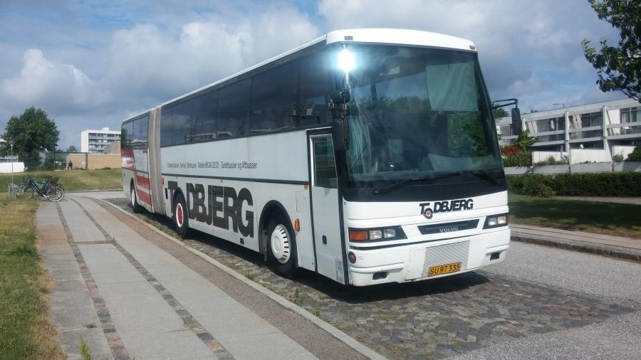 Todbjerg Busser SU97335 i Åbyhøj den 18. juni 2018