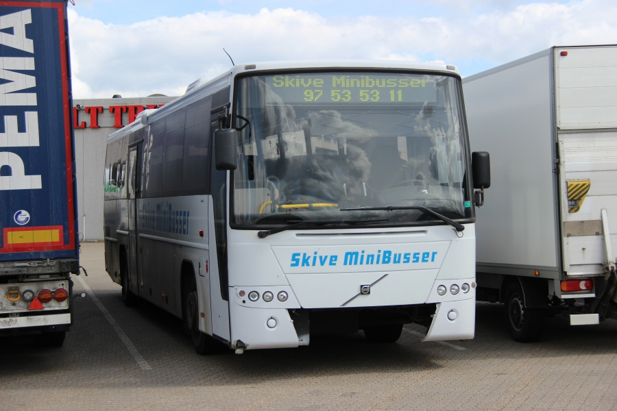 Skive Minibusser AU91154 ved Bus Center Vest i Kolding den 27. april 2018