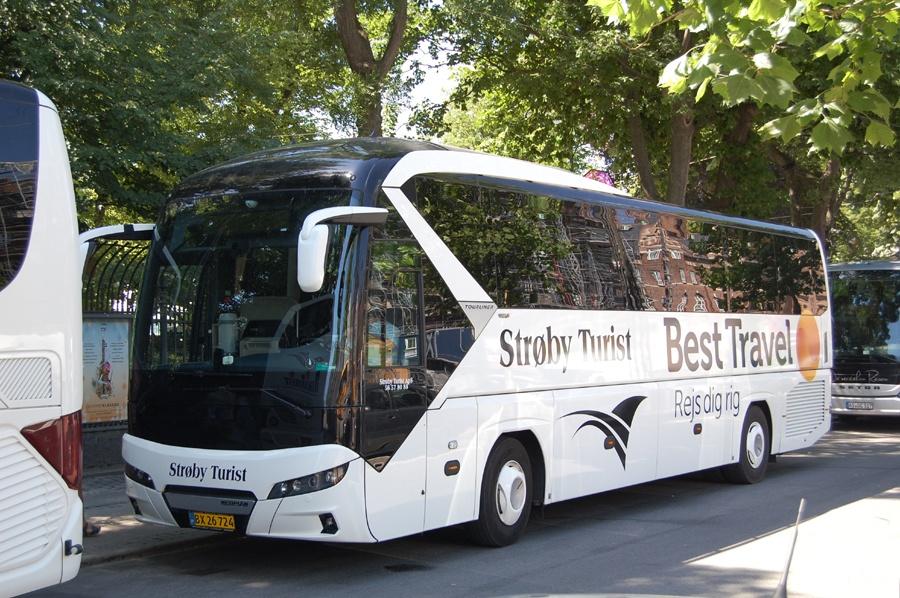Strøby Turist BX26724 på H. C. Andersens Boulevard i København den 4. juli 2018
