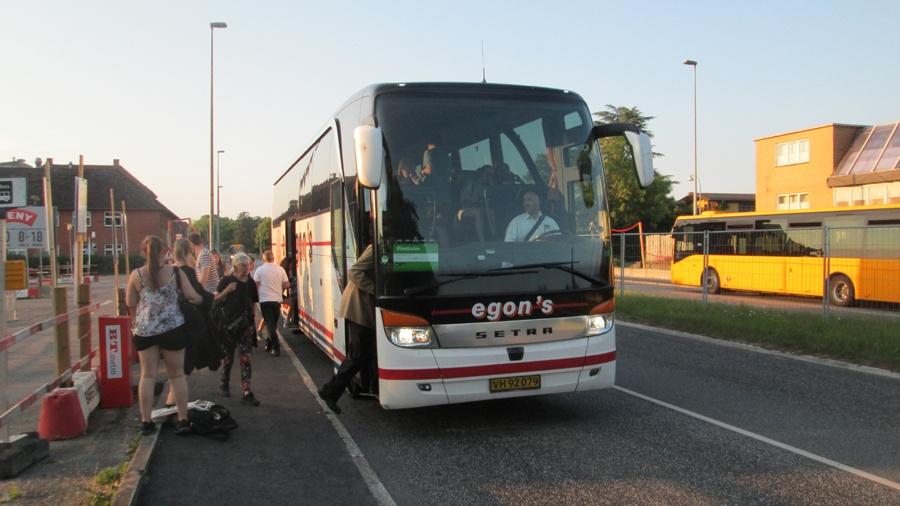 Egons Turist- og Minibusser 102/VH92079 ved Ballerup Station den 3. juni 2018