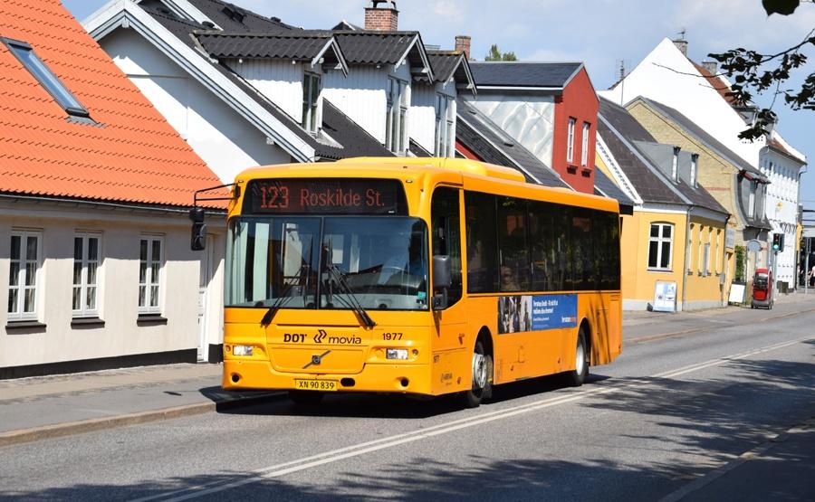 Arriva 1977/XN90839 på Jernbanegade i Roskilde den 16. juli 2018