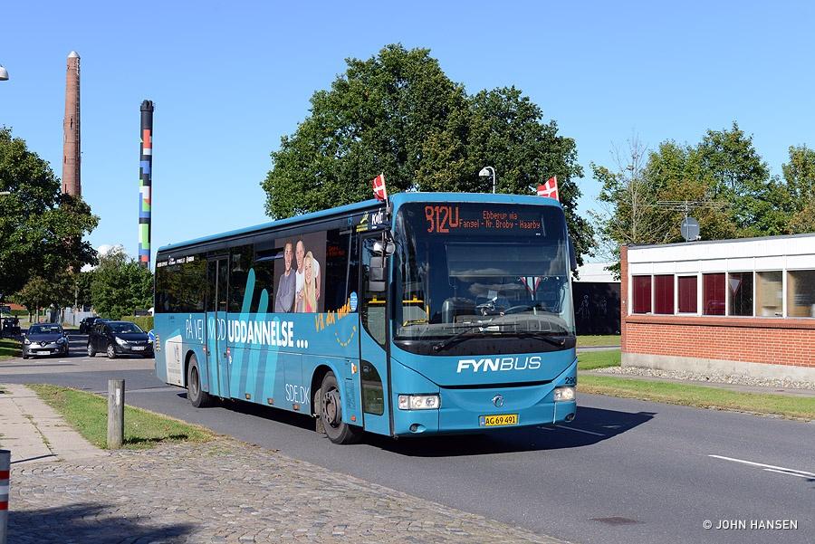 Arriva 2904/AG69491 på Billedskærervej i Odense den 5. september 2016