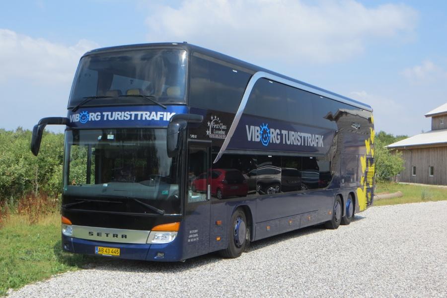 Viborg Turisttrafik AB43445 ved Hammershøj den 18. juli 2018