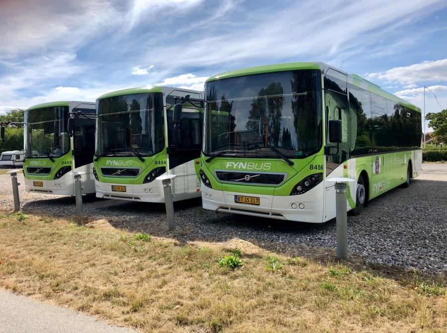 Tide Bus 8456/BT15217, 8454/BS94363 og 8453/BS94360 i Middelfart den 1. august 2018